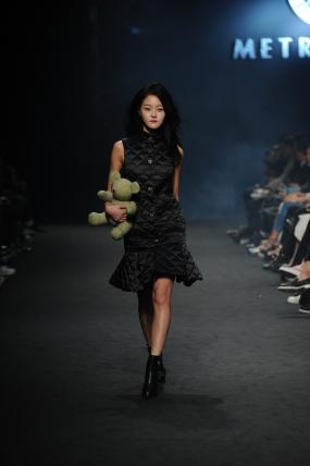 seoul-fashion-week-15fw-collection-metro-city-001-fashioninkorea